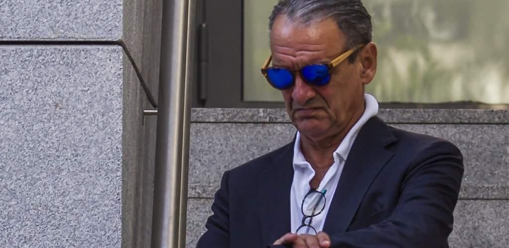 Mario Conde, tocado y hundido: pierde su paraíso mallorquín