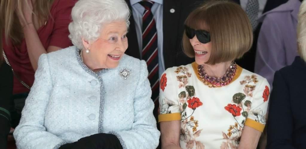 El debut de Isabel II en el front row junto a Anna Wintour