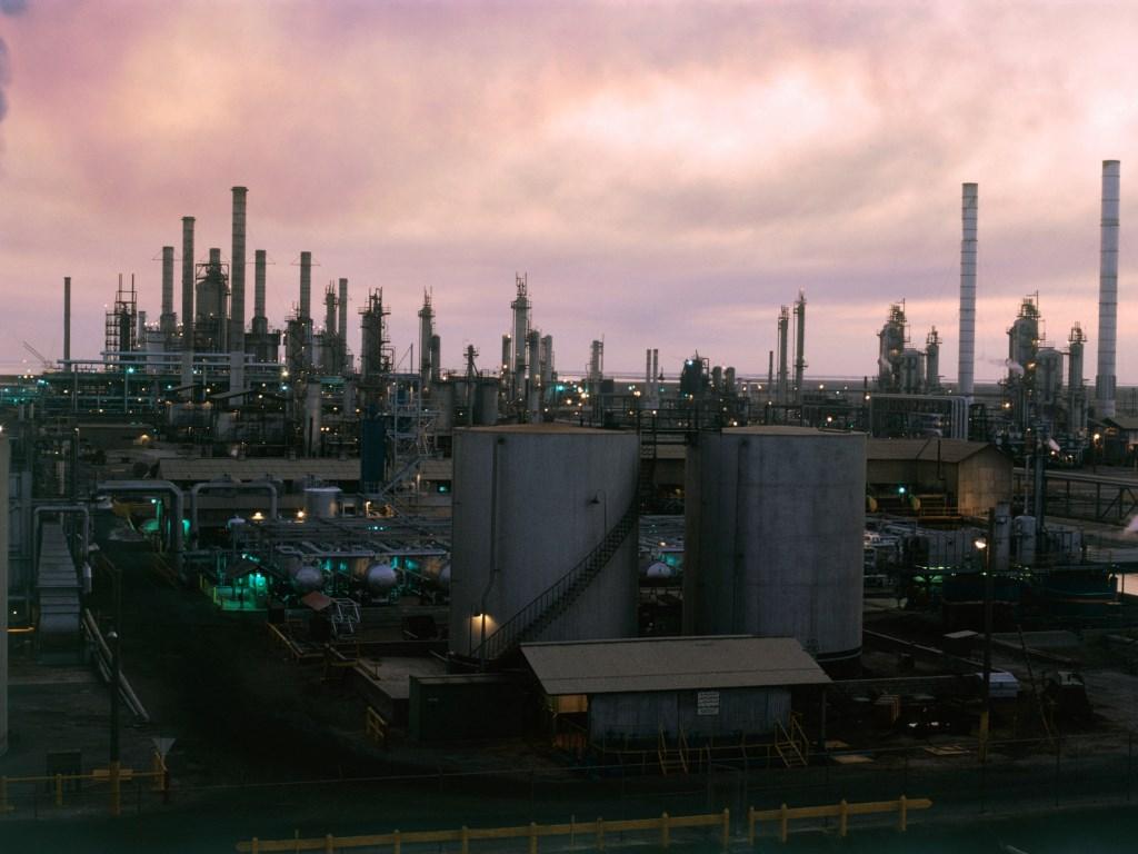 Técnicas Reunidas puja por una refinería de 1.800 millones