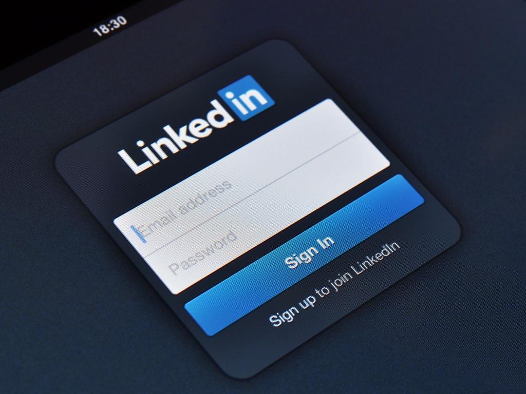 Las diez palabras que debe evitar en su hoja de vida en LinkedIn