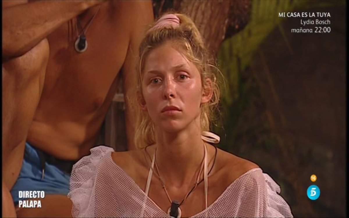Telecinco emite las imágenes de la provocación de Romina...