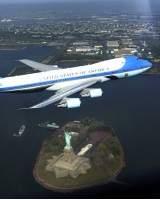 Una sesión fotográfica al Air Force One hizo creer a Nueva York que estaba viviendo otro 11S