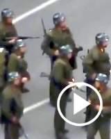 Más de 40 disparos a bocajarro de sus compañeros a un militar de Corea del Norte que huye al sur