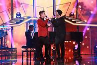 Raoul y Alejandro cantan 'Don't let the sun go down on me' - 195x130