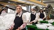 trabajadores-ancianos-bloomberg.jpg