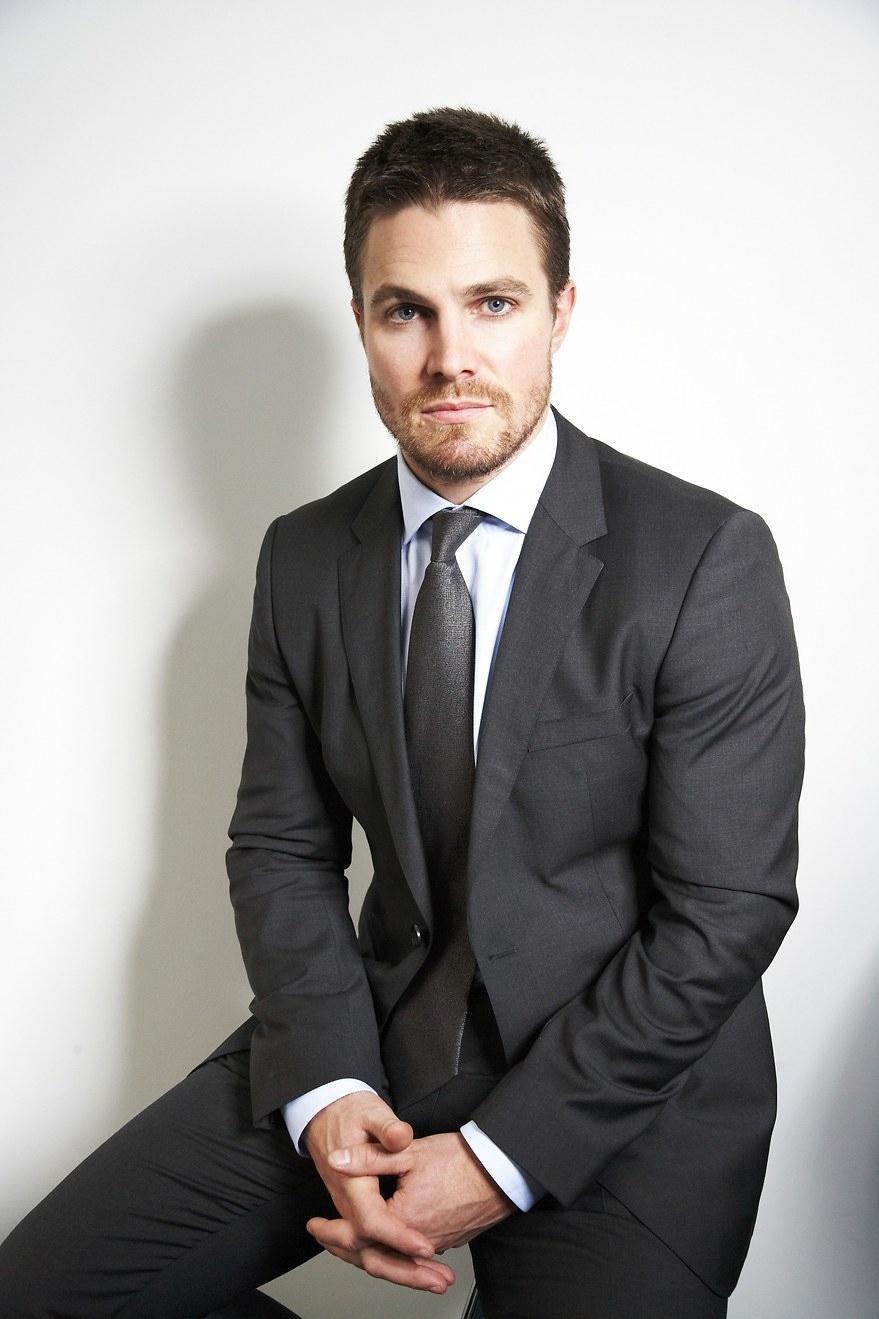 El actor Stephen Amell, protagonista de Arrow - 880x