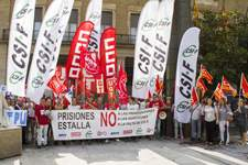 Sindicatos reclaman unas condiciones laborales dignas para el personal penitenciario