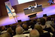 CaixaBank se reúne con más de 120 accionistas aragoneses en un encuentro corporativo