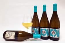 Bodega Pirineos lanza IMPÁS, el primer vino blanco de Alta Enología