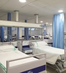 El PSOE de Castilla-La Mancha asegura que durante la segunda quincena de julio se abrieron 114 camas más en hospitales que en