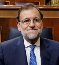 Rajoy ofrece cinco grandes pactos a la oposición y advierte: España necesita un Gobierno