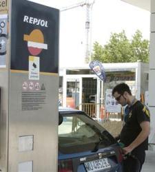 Cómo puede modificar su coche para que consuma menos combustible