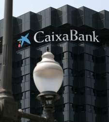 CaixaBank solo dejará ingresar o sacar dinero en ventanilla hasta las 11 horas