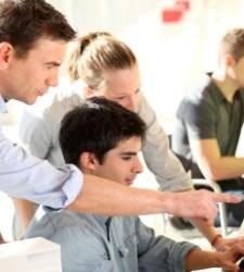 Los miembros de la generación Z empiezan a graduarse: son emprendedores y están enganchados a internet