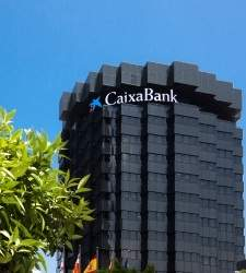 CaixaBank vende su autocartera para comprar BPI: coloca el 9,9% de su capital entre institucionales