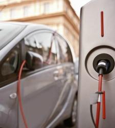 El coche eléctrico, un capricho por 25.000 euros para el usuario europeo