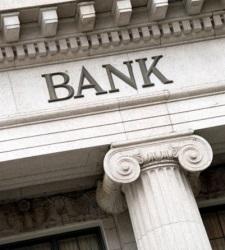 La venta de bonos supone el 67% del beneficio de la gran banca en España
