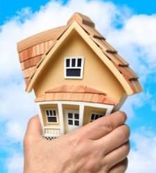 Comprar una vivienda se encarece y ya exige 6,5 años de la renta de un hogar