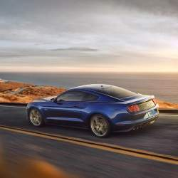 Ford afina su Mustang