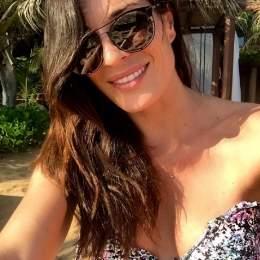 Verónica Hidalgo luce bikini en diciembre