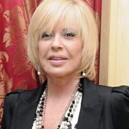 Barbara Rey recibió 500 millones de pesetas del CNI por no contar su relación con don Juan Carlos