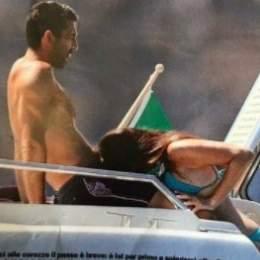 Buffon, pillado: las imágenes sexuales del portero en un yate