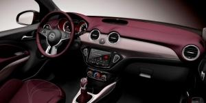 Los mejores interiores de coches de 2013