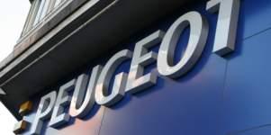 La empresa dueña de Peugeot y Citröen negocia la compra de Opel y Vauxhall a General Motors