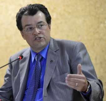 Apagão no Brasil não é de Deus