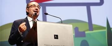 Lambán defiende la distribución equilibrada de la población en el territorio