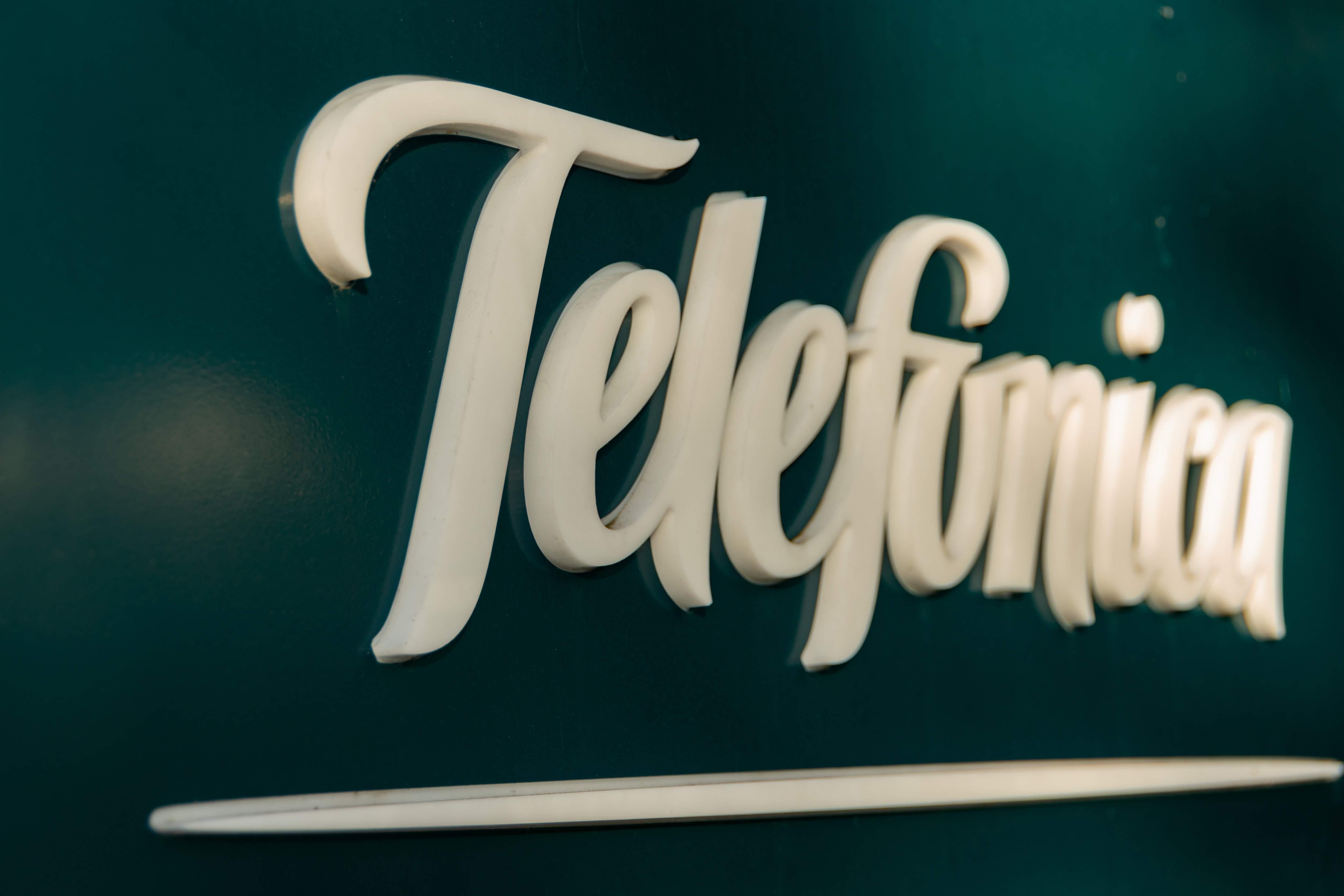 Telefónica analiza desprenderse de sus filiales en México y Centroamérica