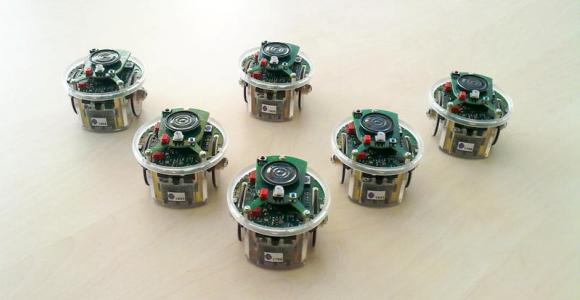 robots-uned.jpg