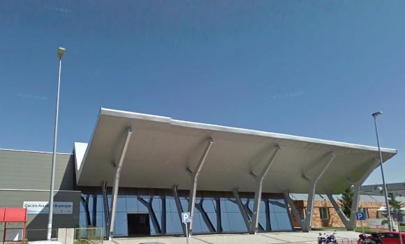El ayuntamiento de collado villalba cierra el spa for Piscina villalba