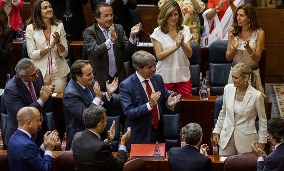 Cifuentes promete el cargo de presidenta de la Comunidad de Madrid