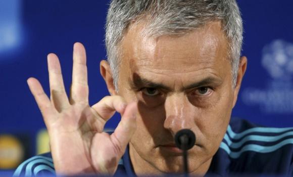 Mourinho-gesto-cero-rp-champions-chelsea-2015-efe.jpg