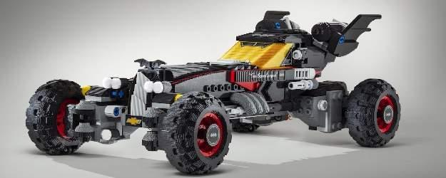 Chevrolet presenta un Batmóvil de más de cinco metros fabricado con LEGO