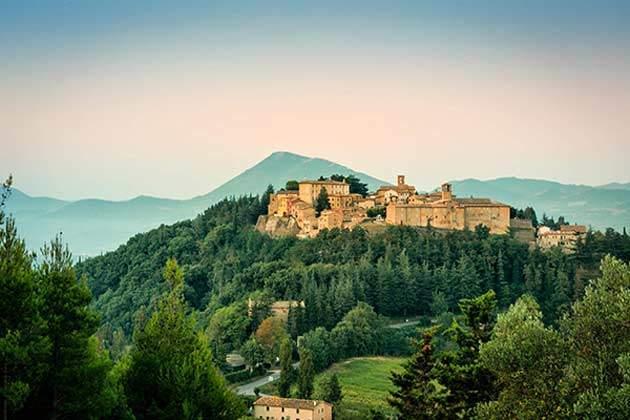 Fortebraccio, encanto en la Umbría italiana