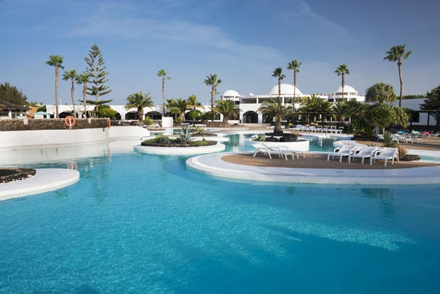 Andalucia Hoteles Amenaza Playa