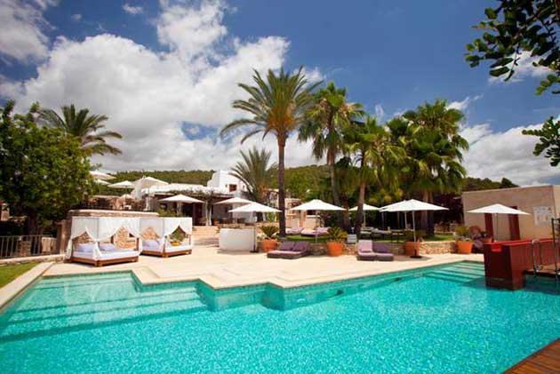Can Lluc, noche de San Juan tranquila en Ibiza