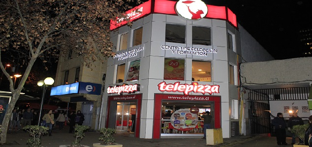 Telepizza capacitar a los futuros pizzeros de chile for Telepizza 3 pisos