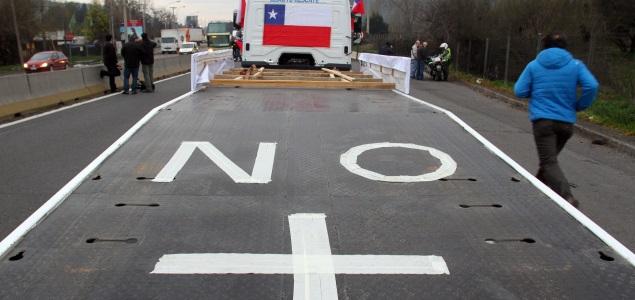 camiones-manifestación-chile-efe-635x300.jpg