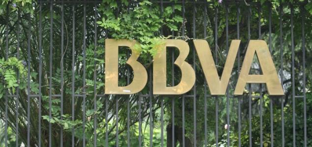 Bbva cierra el 50 de sus oficinas en portugal y despide a for Bbva cierre oficinas