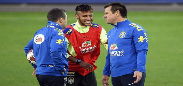 dunga_neymar_entrenamiento.jpg
