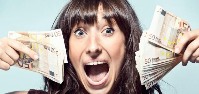 mujer-dinero-locura-getty.jpg