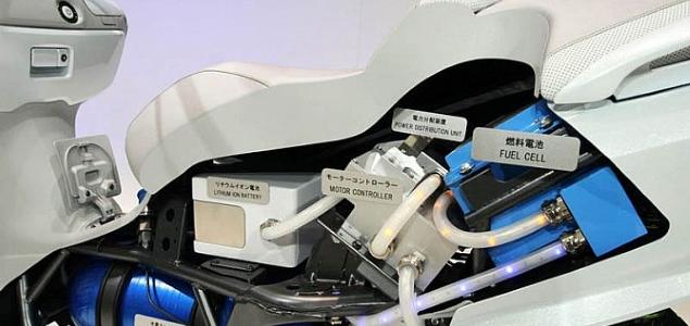 moto-suzuki-Burgman-hidrogeno.jpg