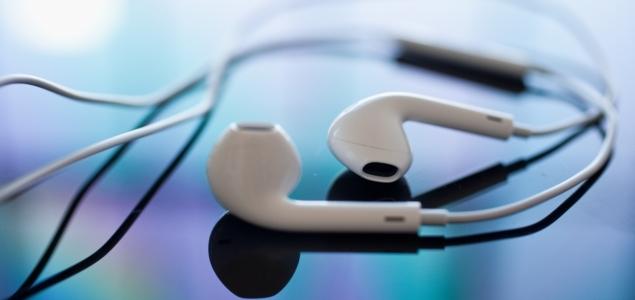 Auriculares-iPhoneOK-635.jpg