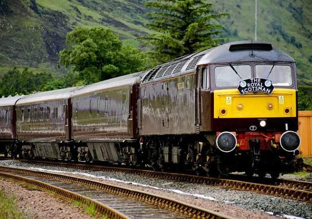 Un tren con spa por Escocia