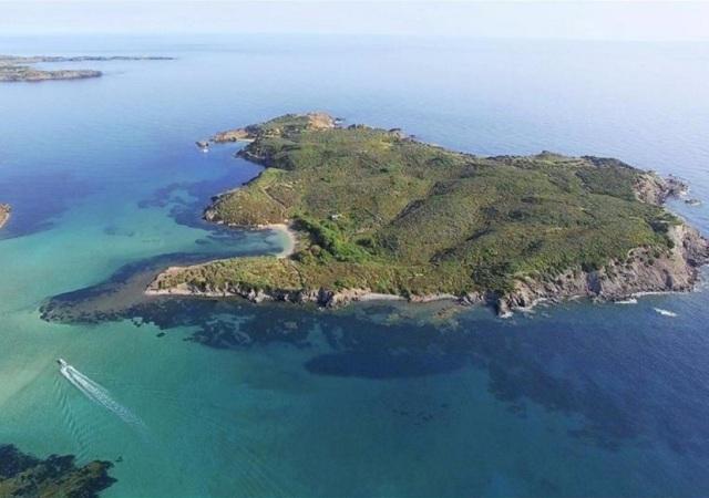 5,2 millones por una isla en Menorca