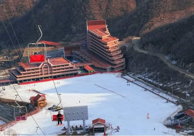 The-hotel-Masikryong-Ski-Resort-Bjrn-Christian-Trrissen-1.jpg