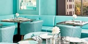 Se cumple el sueño de Audrey Hepburn: desayunar en Tiffanys
